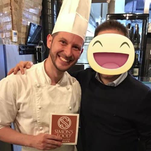 Simon con lo chef Giuseppe Milana del Ristorante Pataclara a Roma