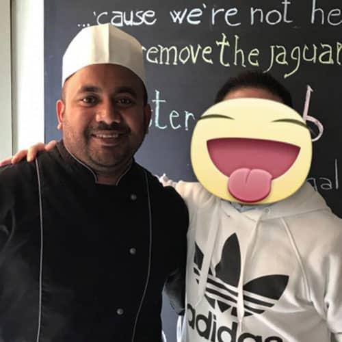 Simon con lo chef Said Prodhan dell'Osteria 140 a Roma
