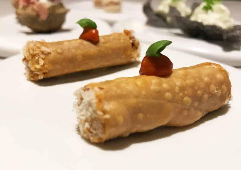 Maccheroncino con ragu napoletano e parmigiano