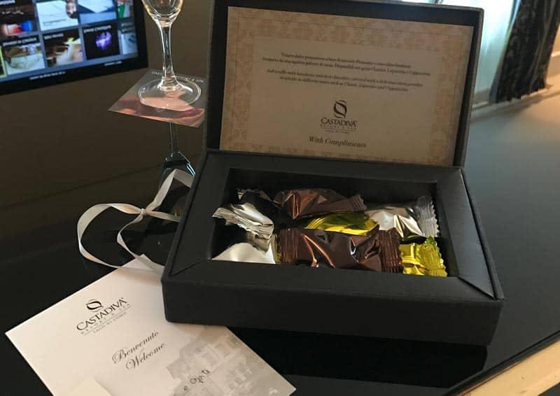 Castadiva - Il Benvenuto dell' Hotel con cioccolatini