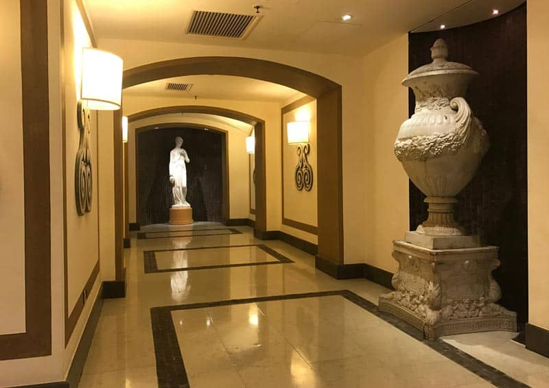 Castadiva - Corridoio che collega le Suite