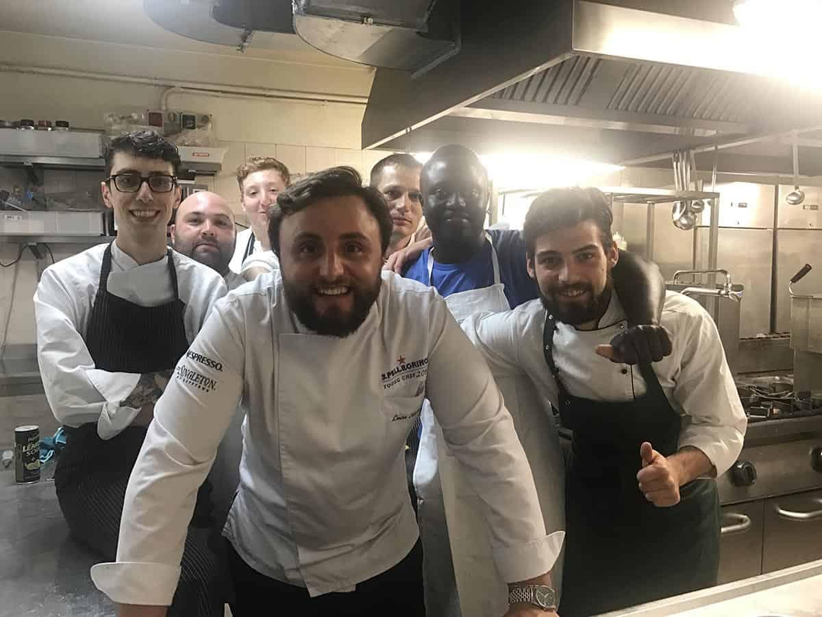 La brigata di Luca Natalini al ristorante Taverna del Castello di Torrechiara-Parma
