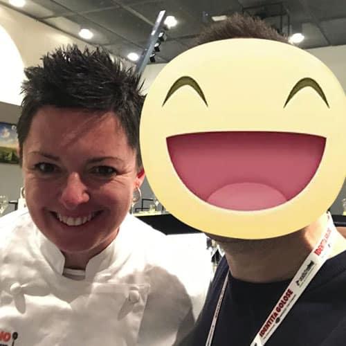 La chef Maria Probst del ristorante Stellato la Tenda Rossa