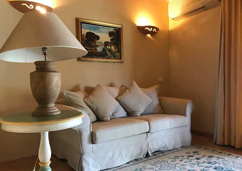 Stazzu Lu Cacciaru Resort - salotto villetta